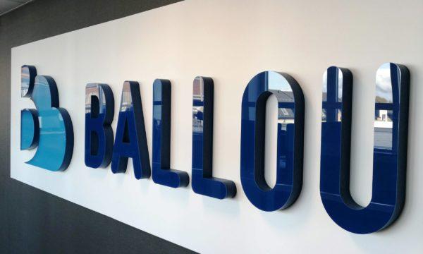 ballou-skylt